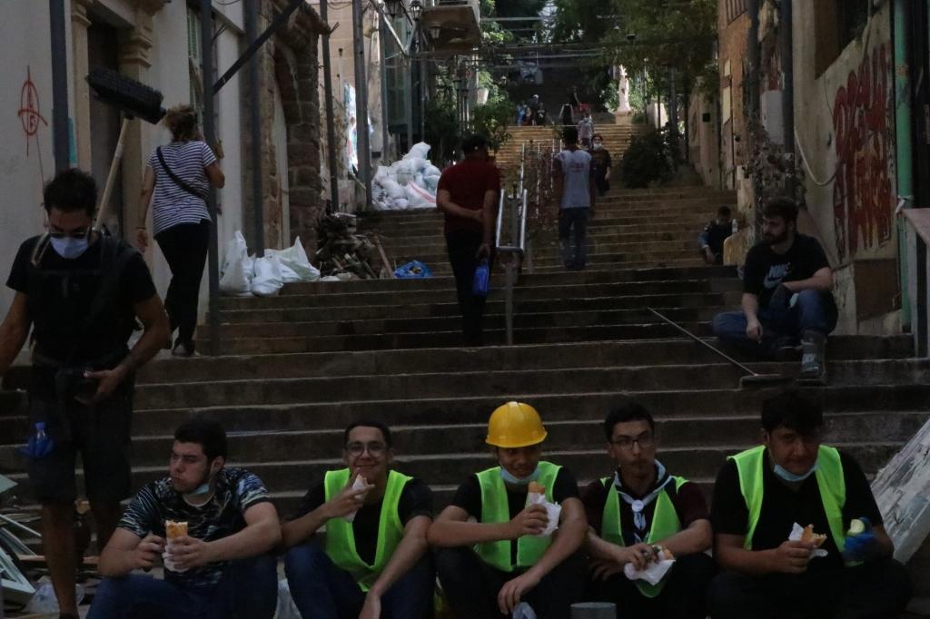 8August 2020, volunteers on a break. MarMkhayel.